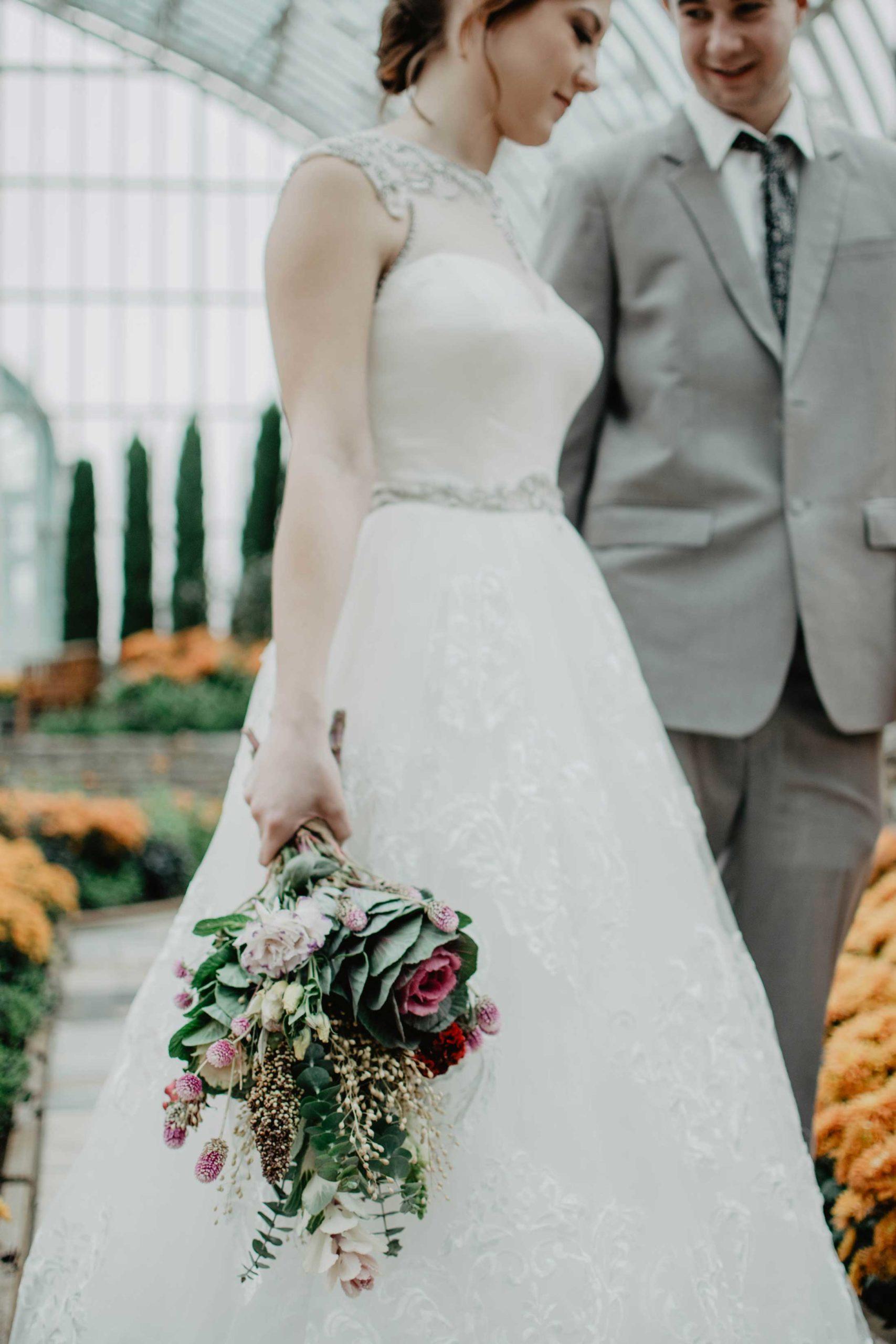 postponing your wedding date