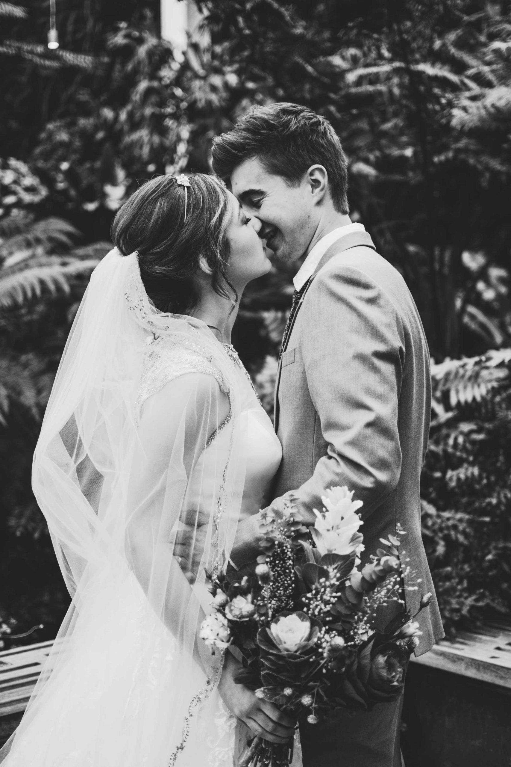 postponing-your-wedding-during-covid-19-12